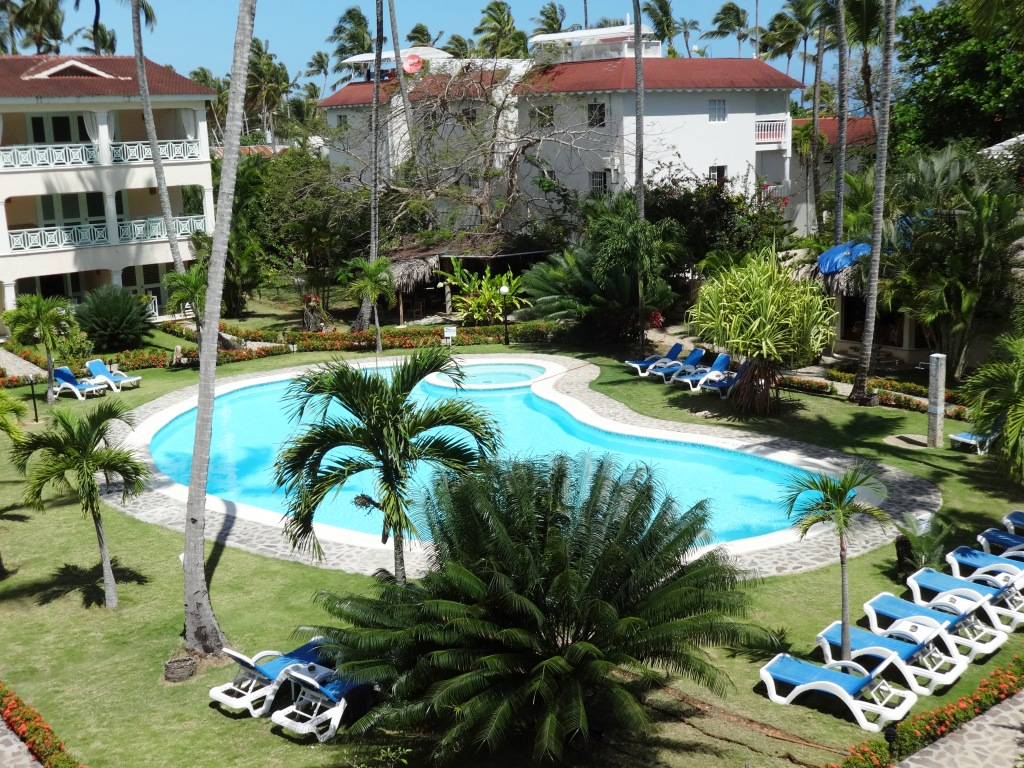 2 BED / 2 BATH CONDO - IN THE HEART OF LAS TERRENAS - A440LT