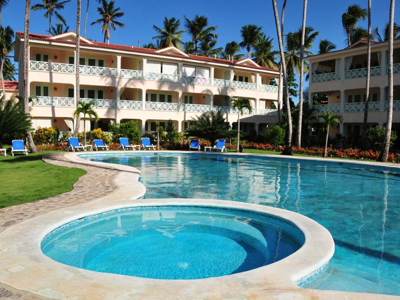 CORTE DEL MAR - 3 BED, 2 BATH CONDO, POOL & GARDENS - $150,000 USD