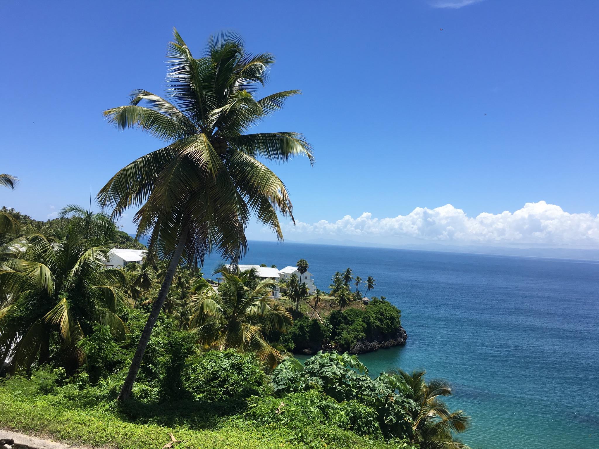 VISTA MARE - 2 BED 2 BATH OCEAN VIEW CONDO - $220,000 USD - A572LT