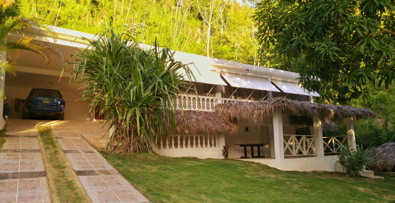 RESIDENCE VIKING - 3 BED 3 BATH HOME - 2.5 KM FROM LAS TERRENAS TOWN - $160,000 USD - C576LT